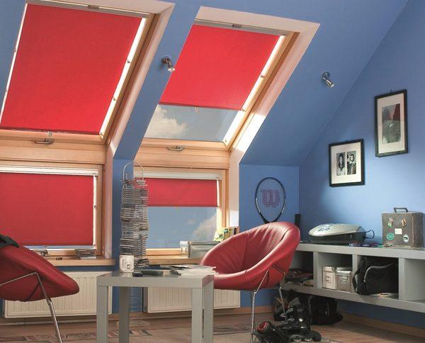 Tende avvolgibili per finestre da tetto fakro youtrade web for Finestre tetto fakro
