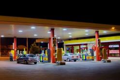 Nessun aumento delle tasse (per ora) sui carburanti