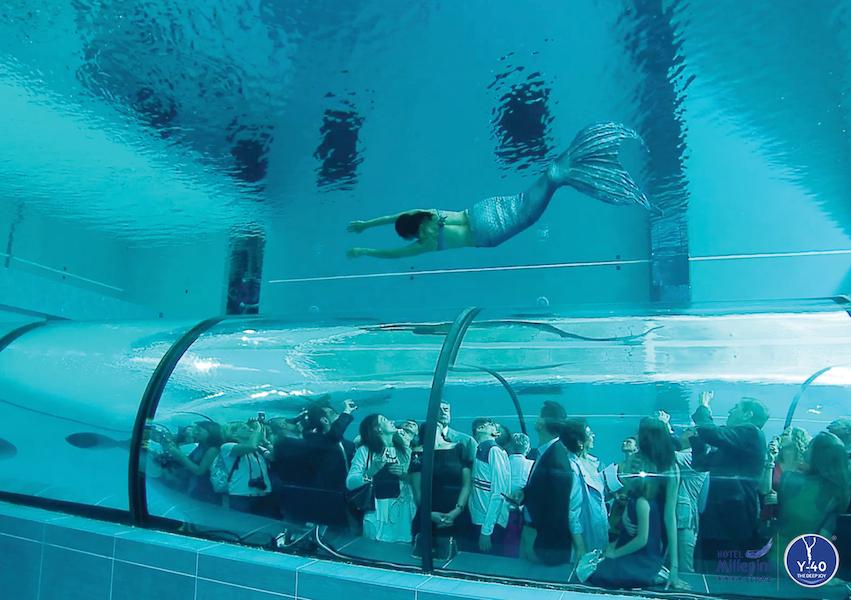 Y-40 piscina