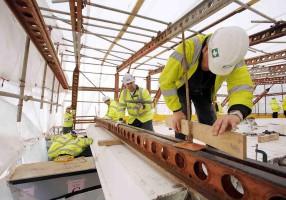Istat: cala ancora l'occupazione nei cantieri