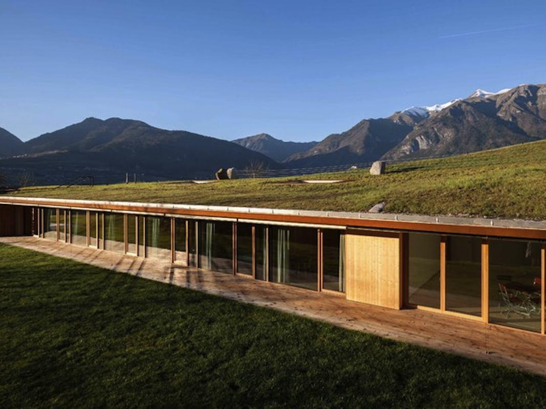 Casa Riga, Comano Terme. Nuova costruzione, progetto dello Studio di architettura Stefania Saracino e Franco Tagliabue