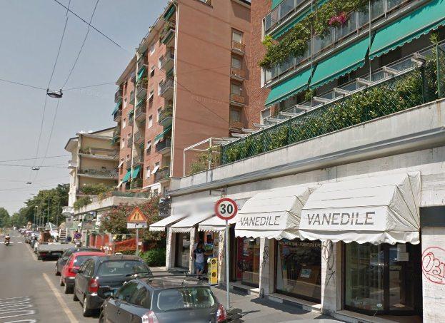 Vanedile, vetrine showroom in Carlo Dolci