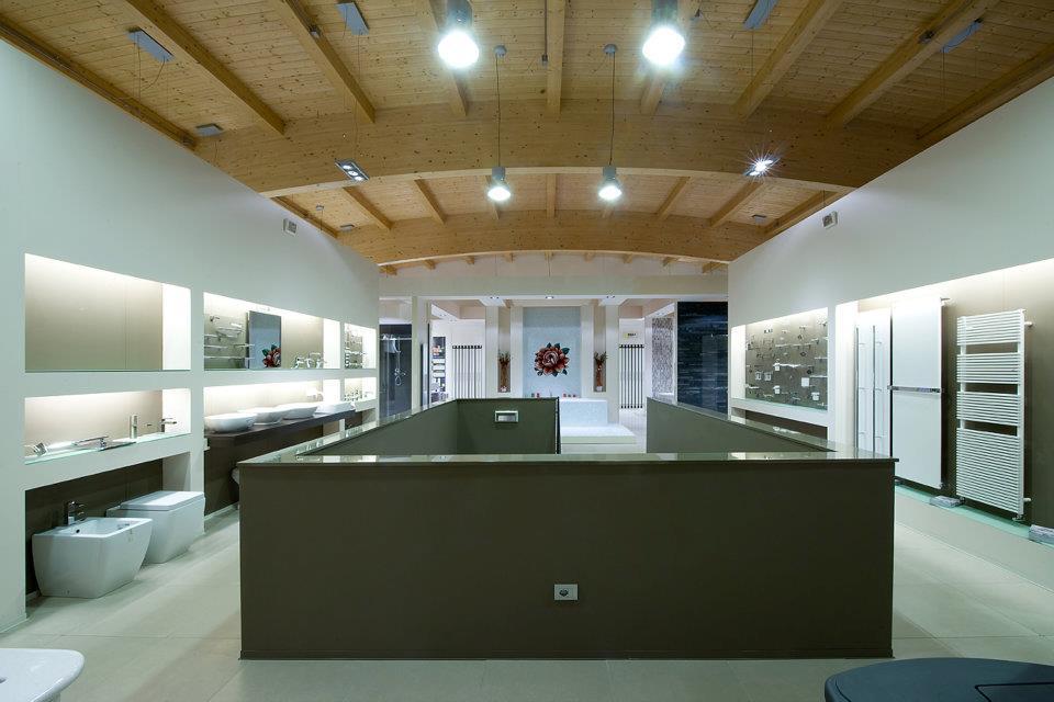 Edilizia2000, showroom