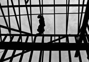Permessi per costruire: il non residenziale corre