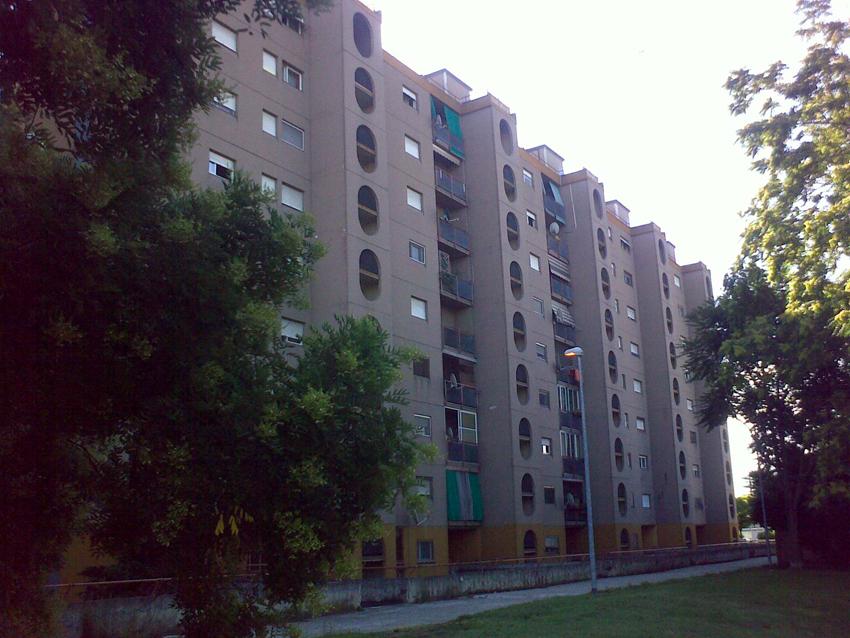 Abitazioni residenziali anni Settanta a Milano