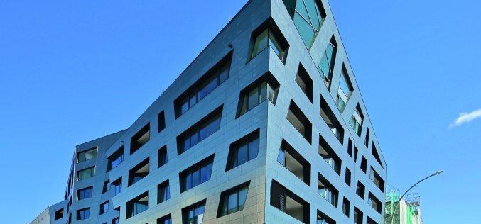 Sapphire, Casalgrande Padana e Libeskind ricamano Berlino
