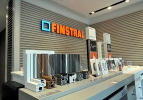 Finstral apre una finestra su Milano