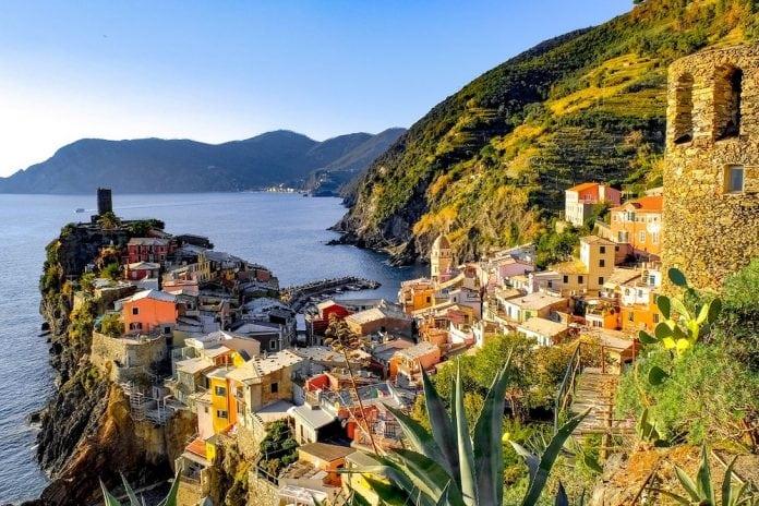 Una-Liguria-sopra-le-righe