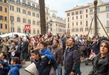 Folla a Roma