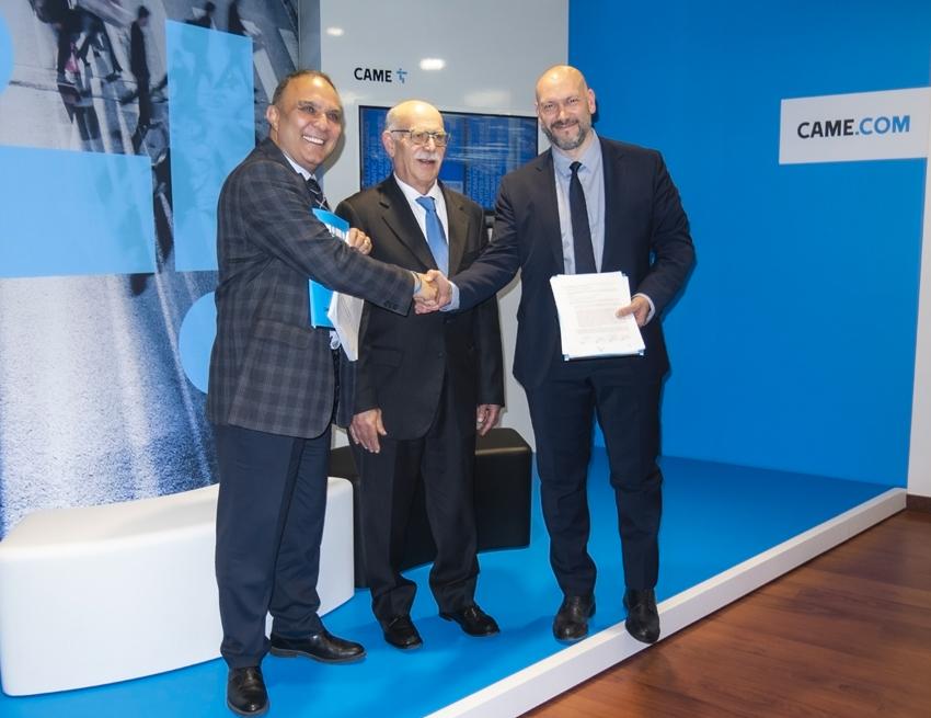 La firma dell'accordo tra Came e Özak