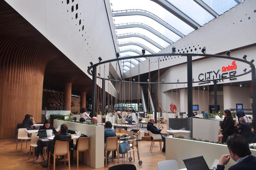 Centro commerciale di CityLife, a Milano