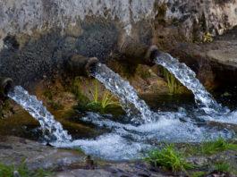 Scarico di acqua