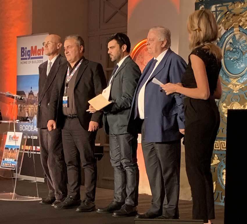 Da sinistra, il giurato italiano Paolo Zermani, il presidente di BigMat Italia, Rocco Alfano, il vincitore Amanzio Farris e il presidente di giuria Jesus Aparicio