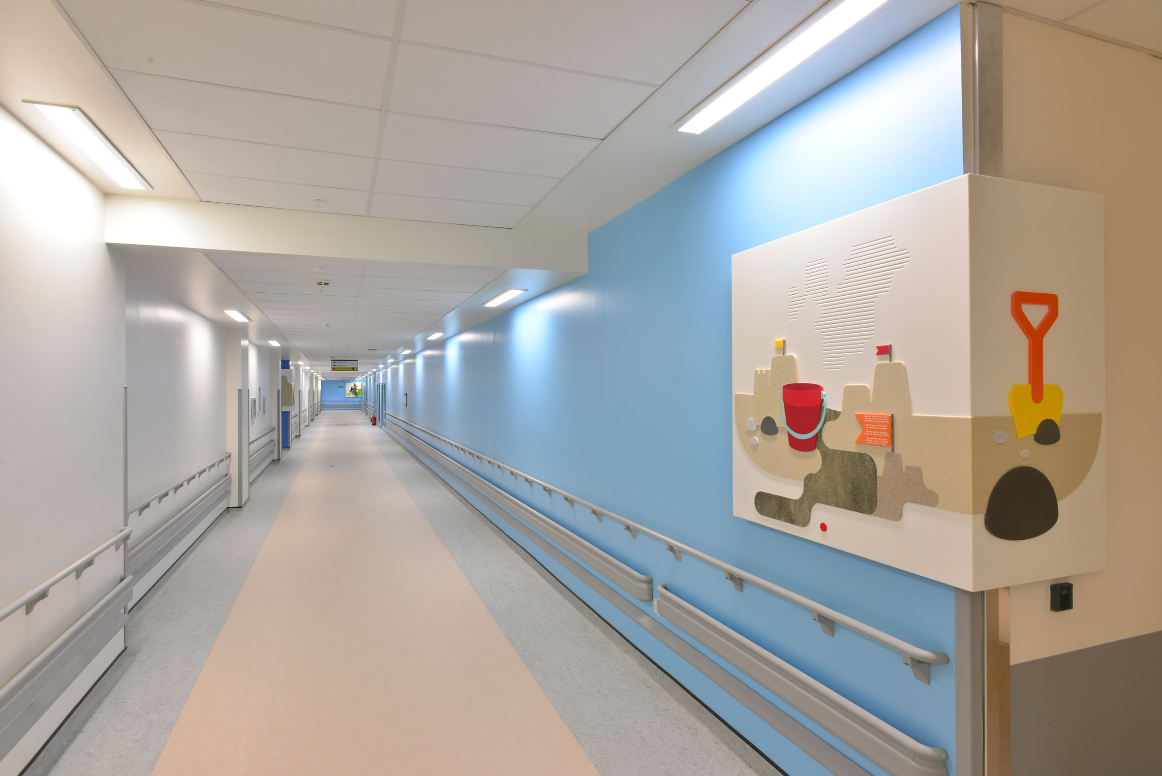 controsoffitti-armstrong-ospedale-glasgow