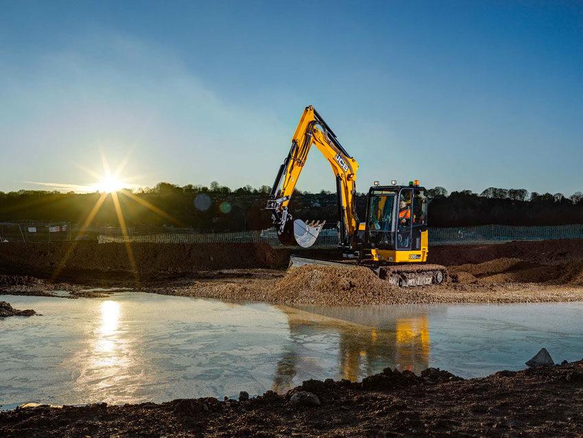 Escavatore Jbc 86C