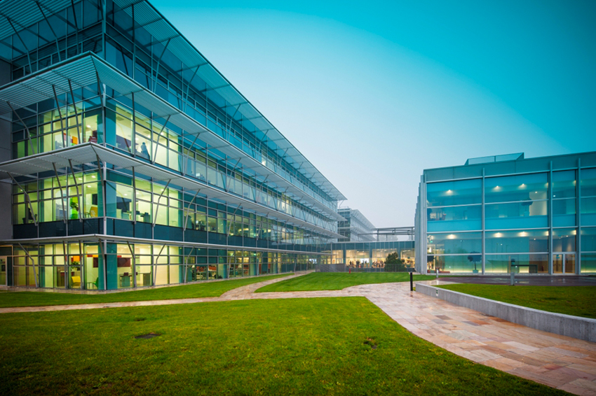 Innovation Campus a Peschiera Borromeo (Milano)