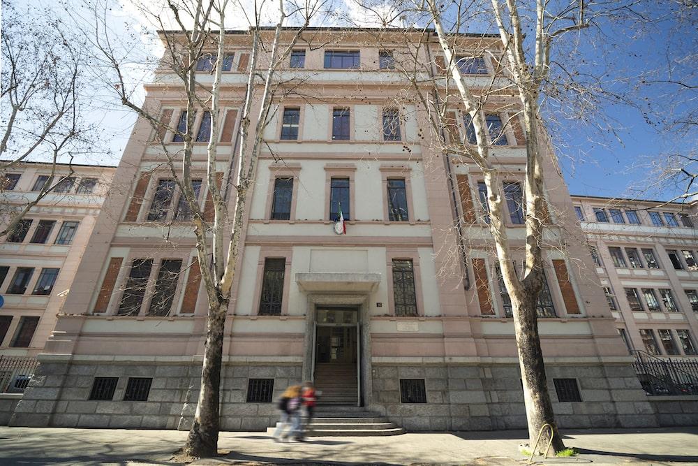 Liceo-Tenca_Esterno_Rockfon_PhMatteoPlatania